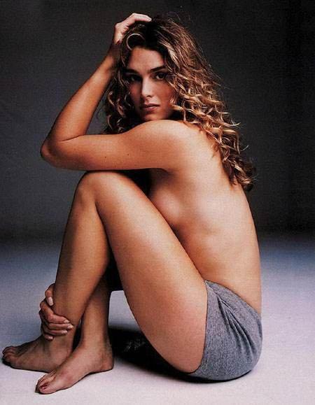 Brooke Shields Topless