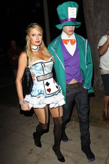 paris_hilton_alice_in_wonderland_cosplay