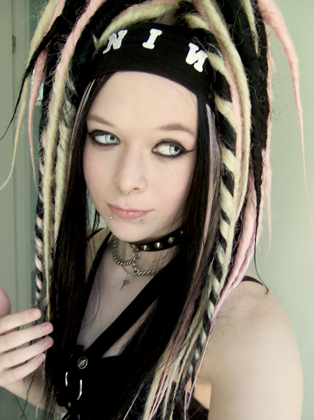 Cyber-Goth-many-styles