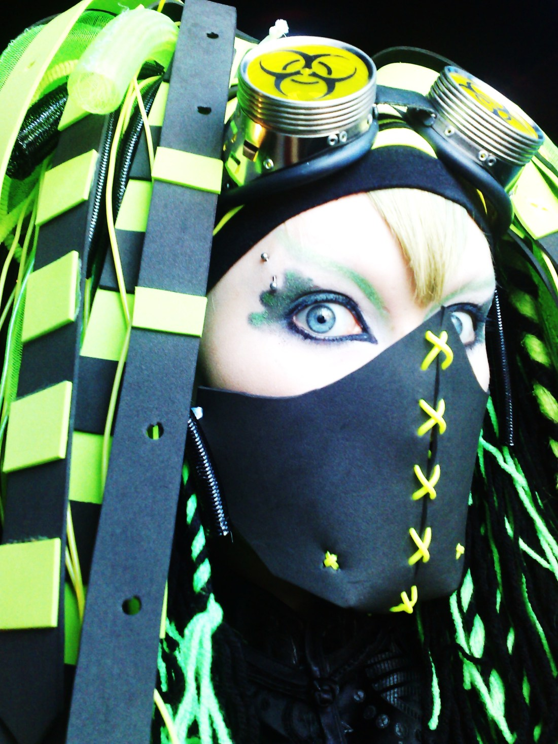 Cyber_Goth_by_biohazardbitch