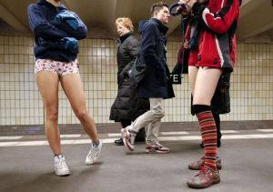 no-pants-subway-ride-2013_23