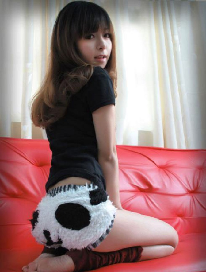 panda_shorts_by_wanglong167