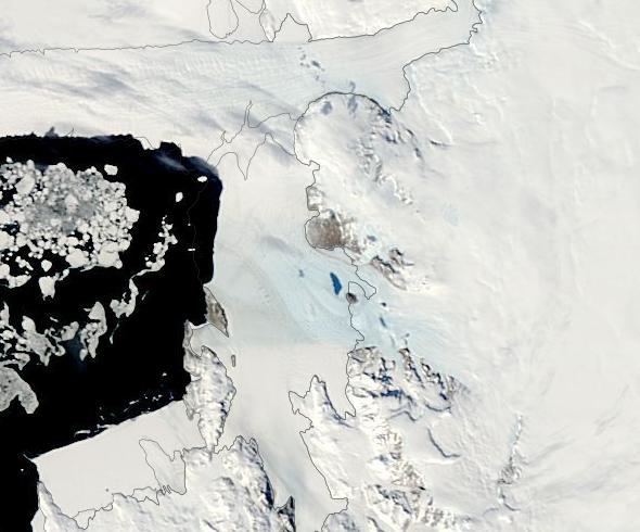 melt-pond-scott-coast-antarctica-november-27-2016